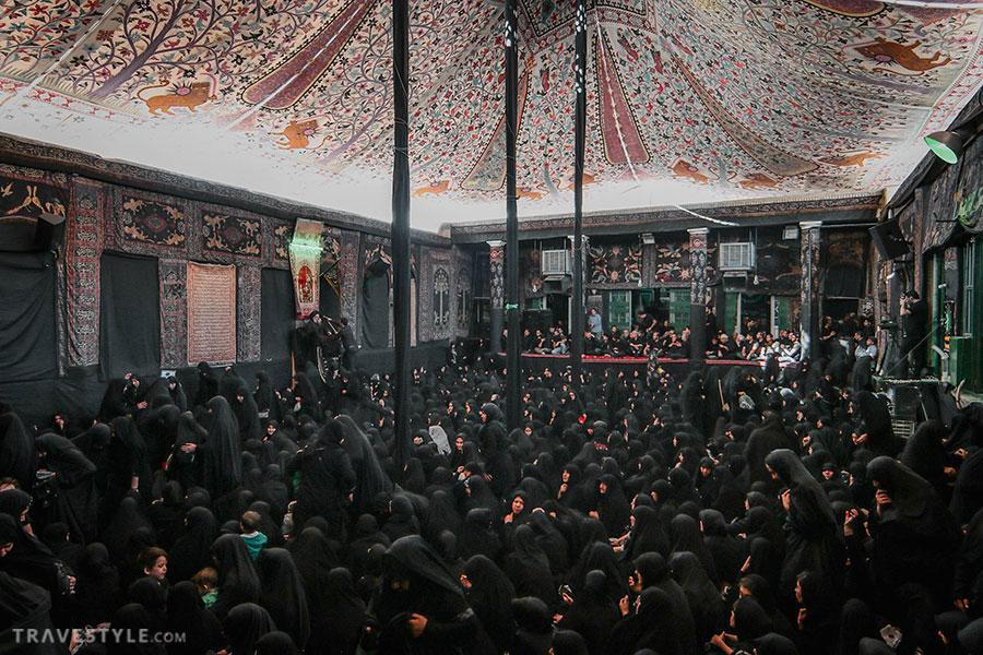 The ceremony of Ashura at one of the oldest Tekyieh's in Tehran - Saadat Akhavi Tekyieh.