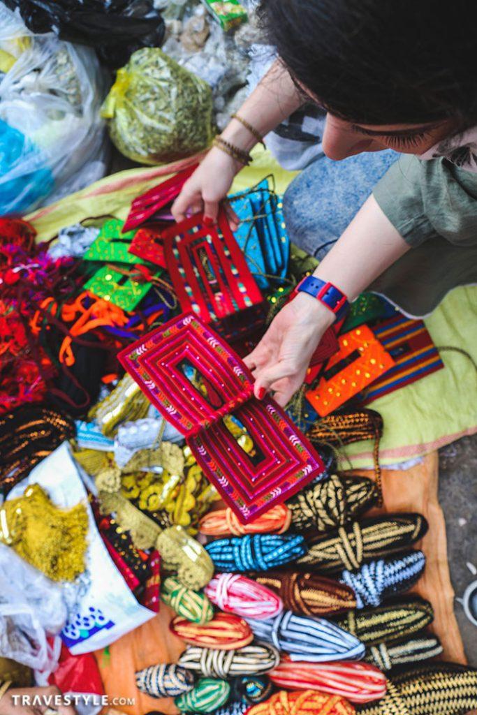 Handmade burqas! - A trip to Bandar Abbas and Hormoz island