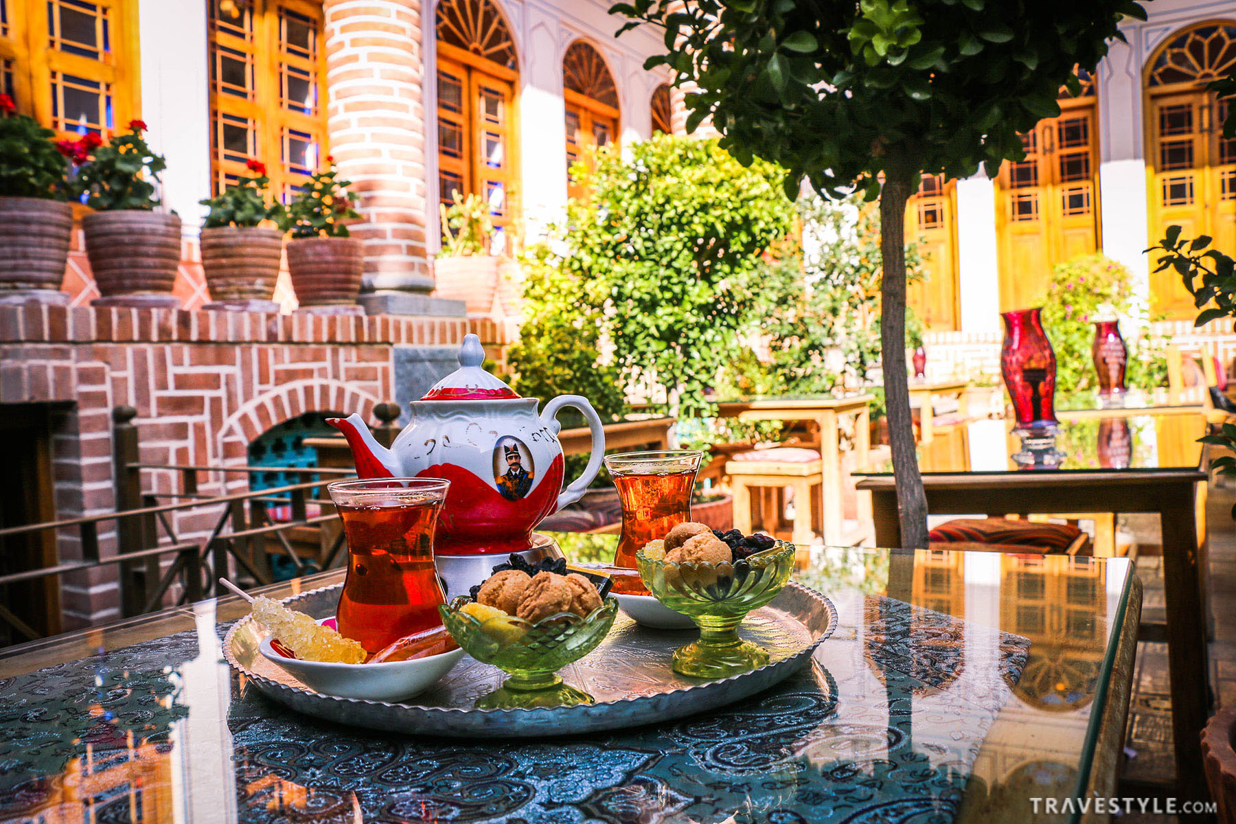 A guide to top local dishes and best restaurants in Esfahan
