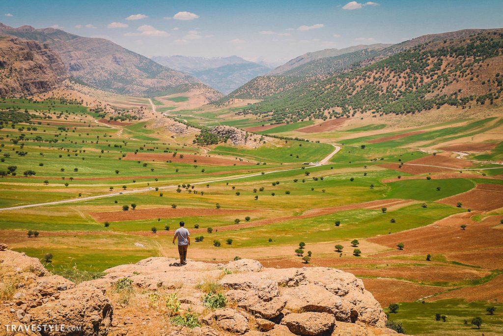 Route to Bisheh waterhall, Lorestan
