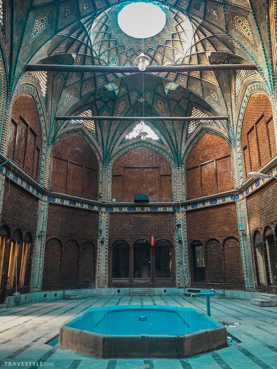 Qeysarieh bazaar of Esfahan